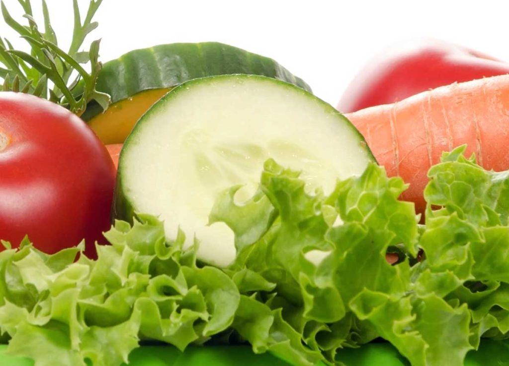 Gurken und anderes Gemüse für Deinen Hund.